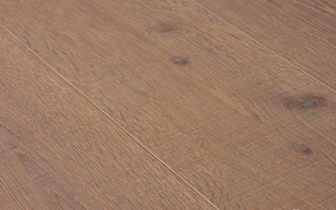 Oak Vulcano Medium Sawn Texture White Oil